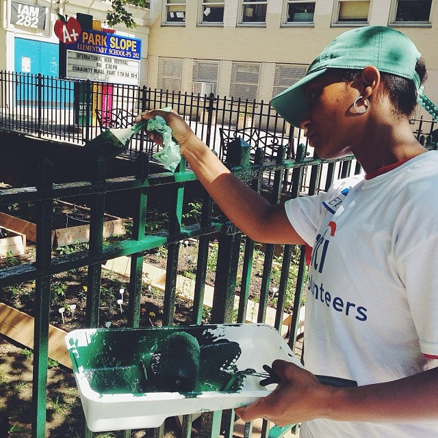 Come on out for our second shift at PS 232! We'll be painting, creating a mural, planting a vegetable garden, and doing an arts project with the kids in the neighborhood! #citivolunteers #hopethroughart