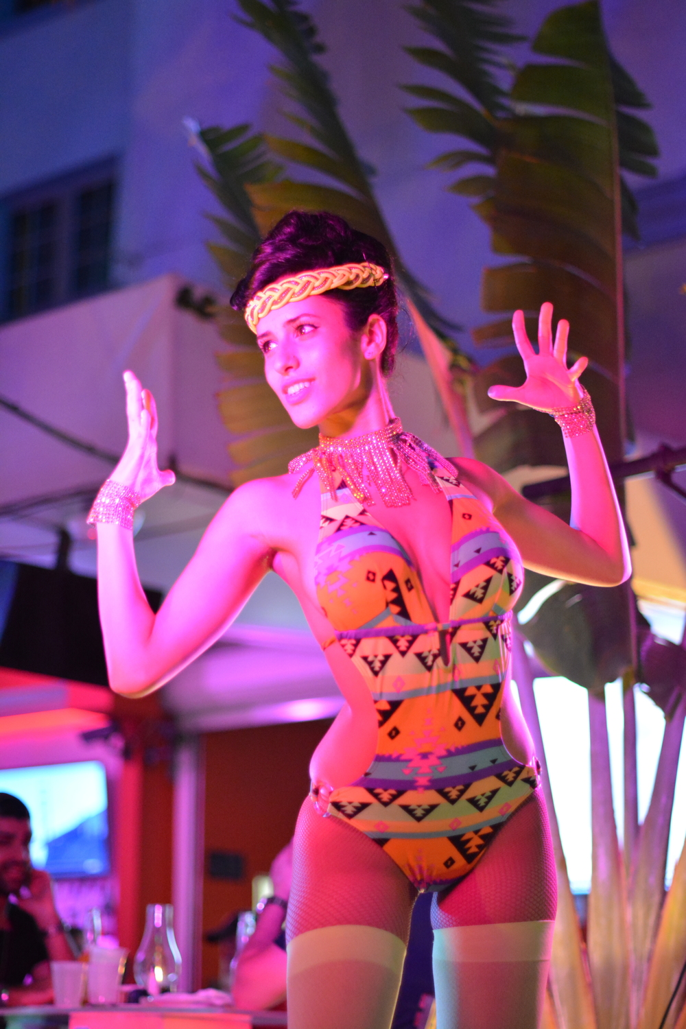Miami dancer and nightlife entertainer Lidia (@liditalent_and_passion) originally hails from Cuba; seen here performing for patrons and passers-by at Oceans 10 on Ocean Drive in South Beach