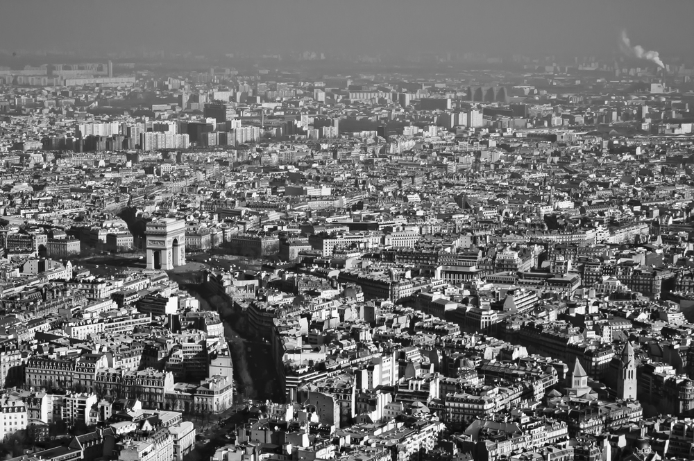 View from the Eiffel Tower of the streets radiating from  l'Etoile,  which means  star,  upon which the Arc du Triomphe sits.