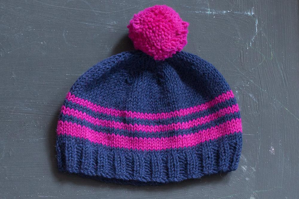 Knitting A Hat Flat : Knit flat hat — slugs on the refrigerator
