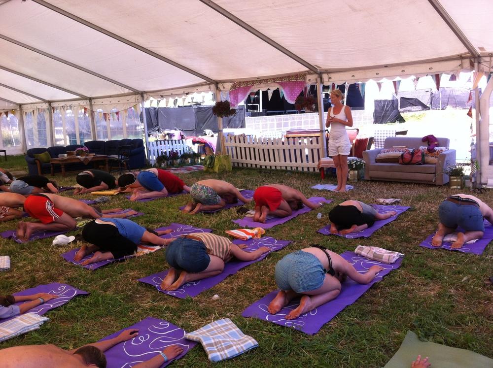 yoga på ikkjevel