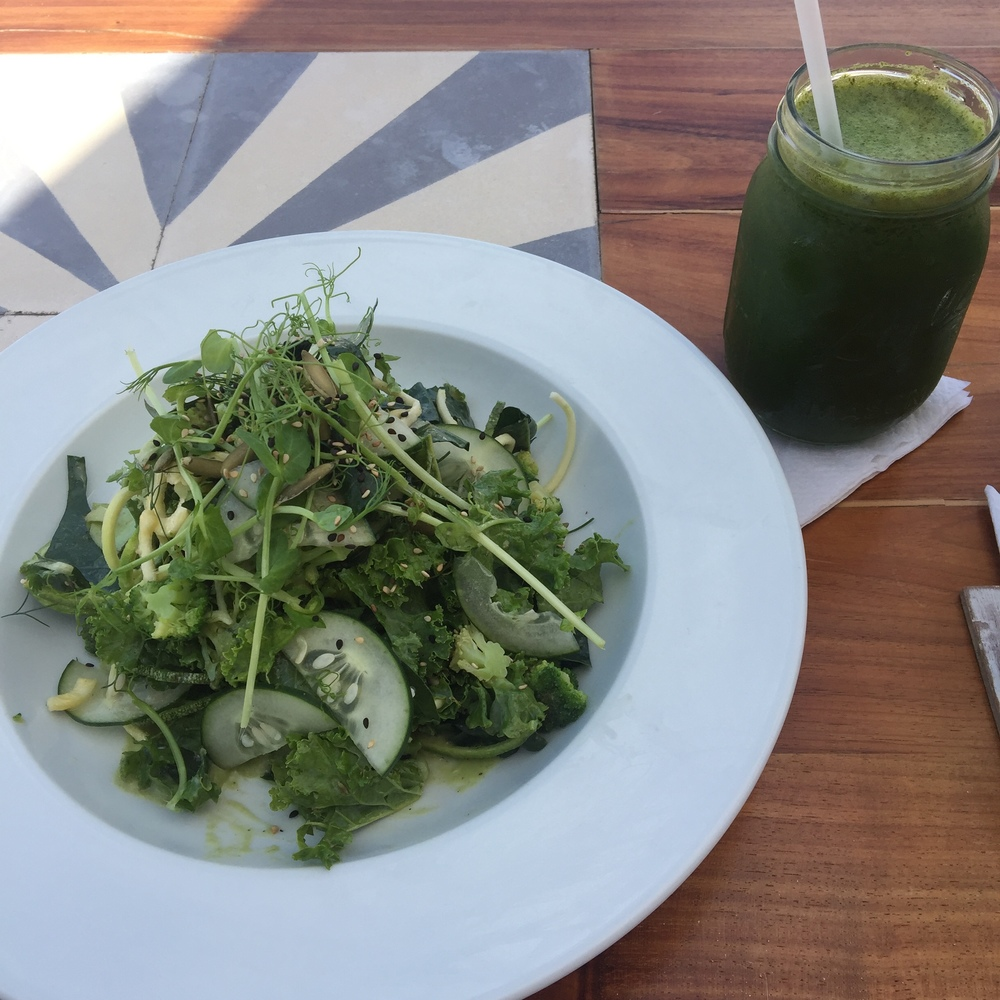 Super Green Bowl + Healing Green juice
