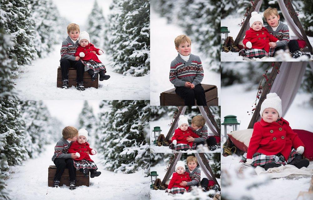 sibling holiday photos