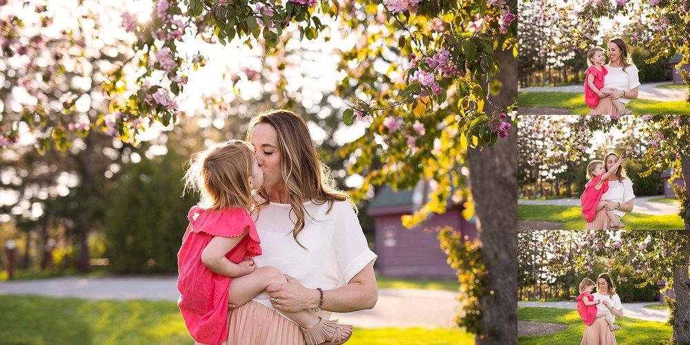 Spring Mommy & Me Portraits, Ottawa