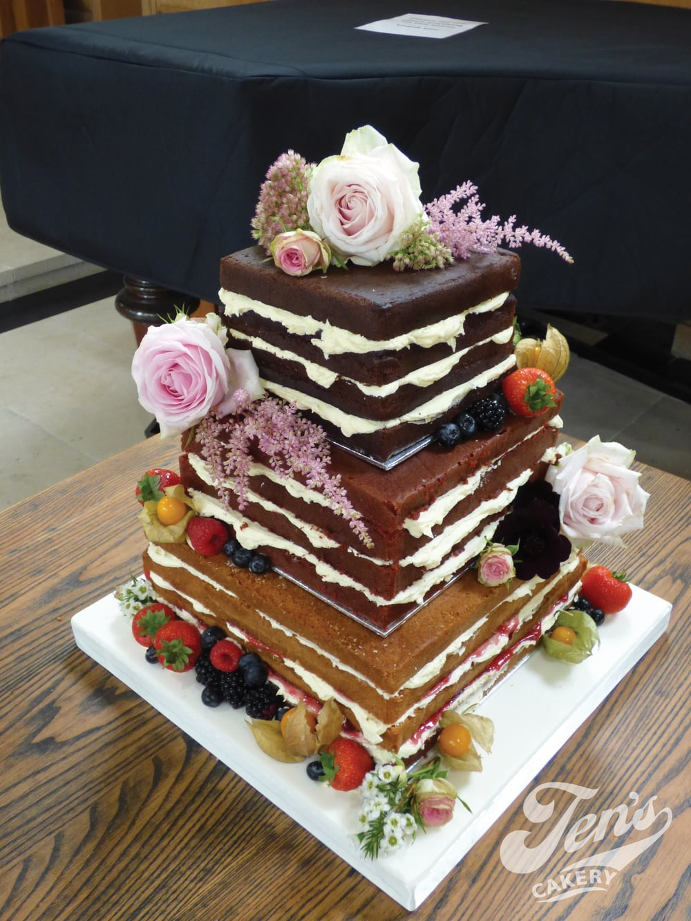 Whilst most naked cakes are round, I think square works just as well.