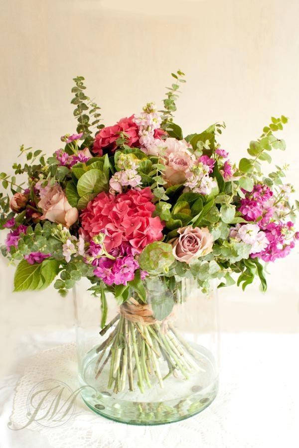 summer bq in vase.jpg