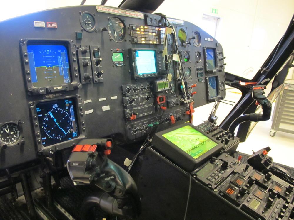NVIS Cockpit AS365.jpg