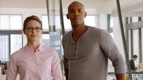 Melissa Benoist and Mehcad Brooks as Kara Danvers and James Olsen.