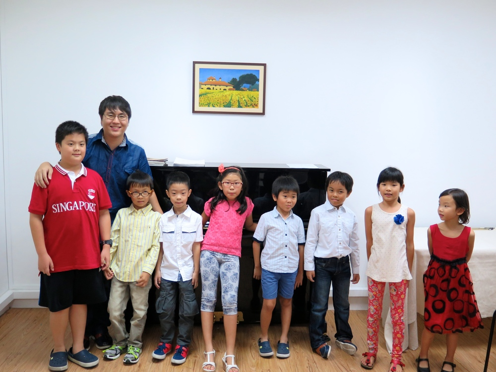 Some of the students that we managed to grab for a photo with Teacher Wei Yang!