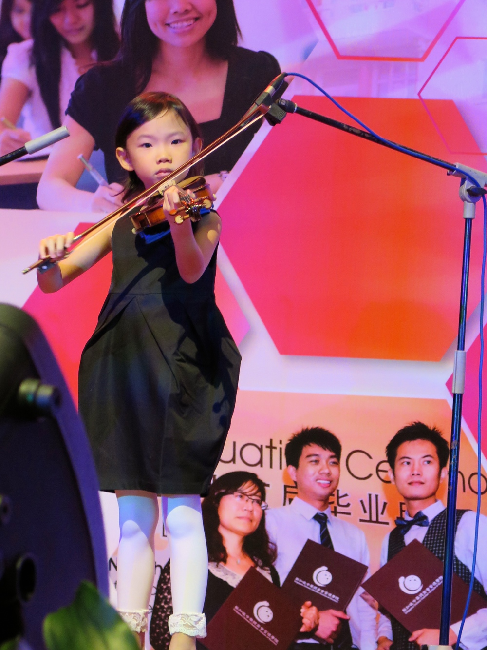 6 year old Faith Ow in her debut public performance