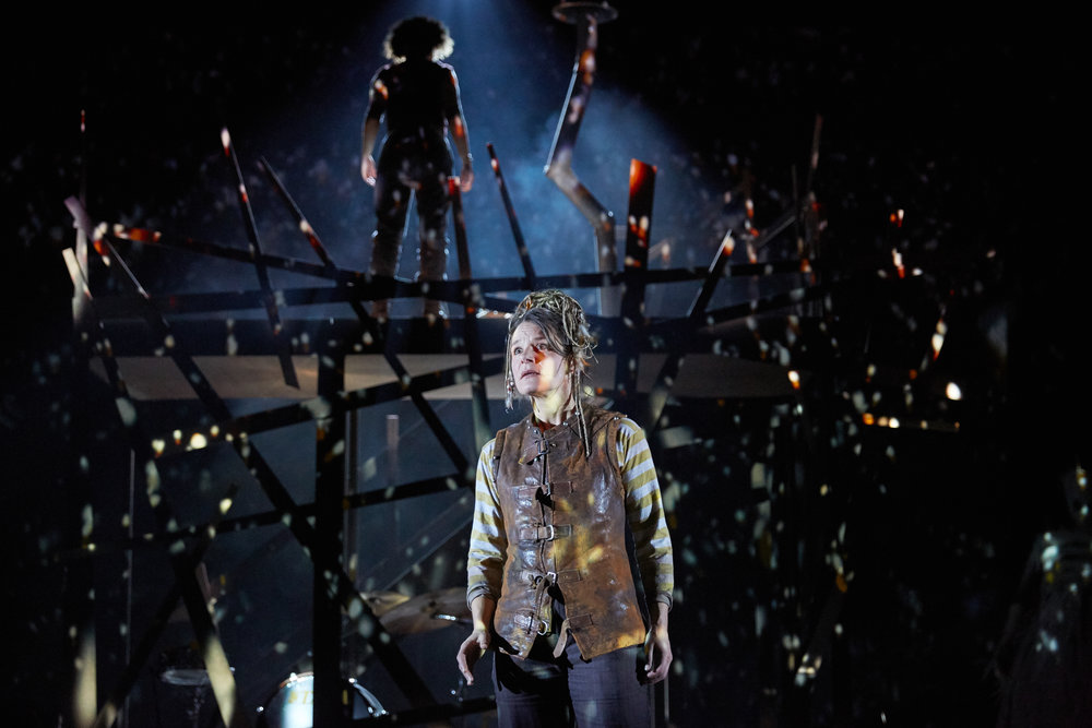 The Snow Queen at Bristol Old Vic. Photo by Mark Douet _31B0939.jpg
