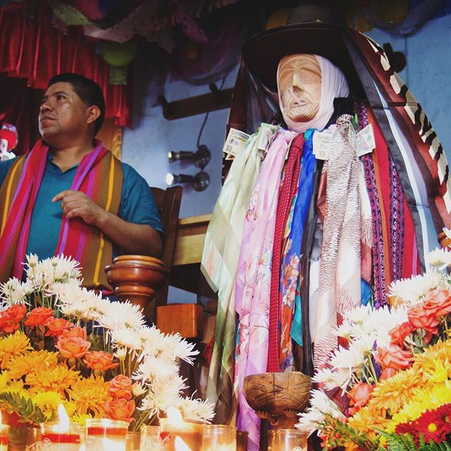 It's not easy to find #Maximón in Santiago de Atitlán. There are guides at the lancha dock that offer to take you straight to his effigy, but we opted to forgo their services and relied on word of mouth. How this rebel saint became incorporated into Guatemalan religion, and celebrated alongside more traditional characters like the Virgin Mary, is unclear. Nevertheless, if you want to pay your respects, Maximón (and the men who care for him) gladly accepts offerings of candles, cigarettes, alcohol and quetzales.