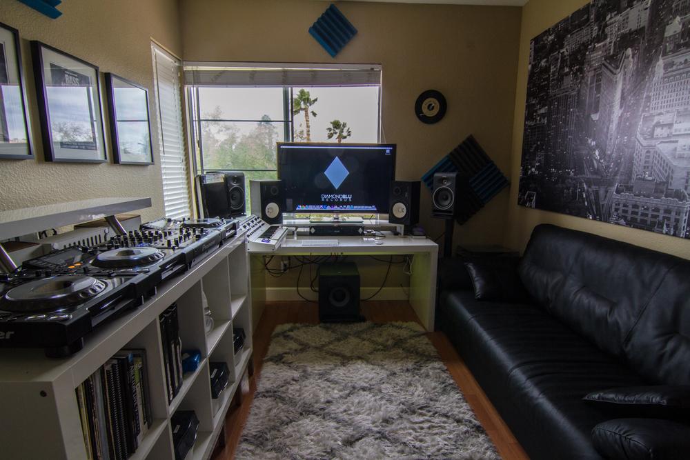 Diamond Blu Studios