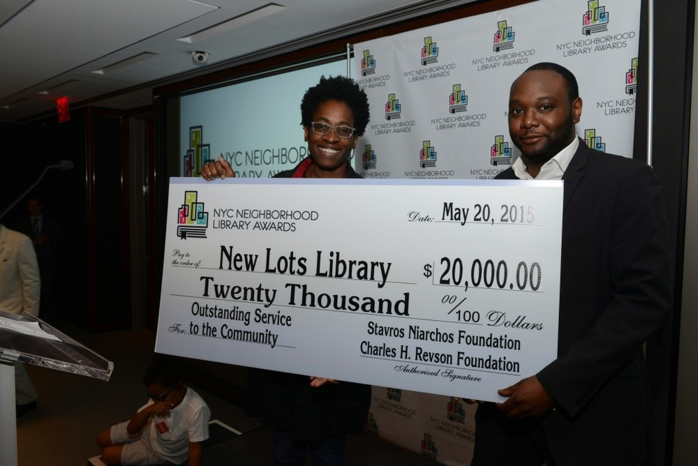L to R: Library Awards Judge Jacqueline Woodson and New Lots Library Manager Edwin Maxwell