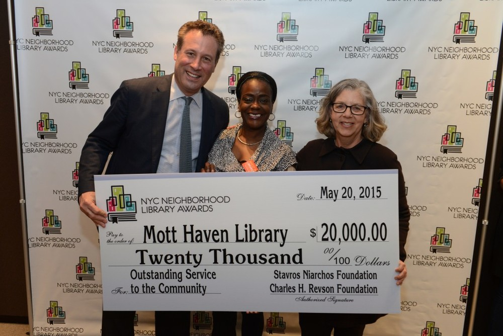 L to R: NYPL President Tony Marx, Mott Haven Library Manager Jeanine Thomas-Cross, and Library Awards Judge Maira Kalman