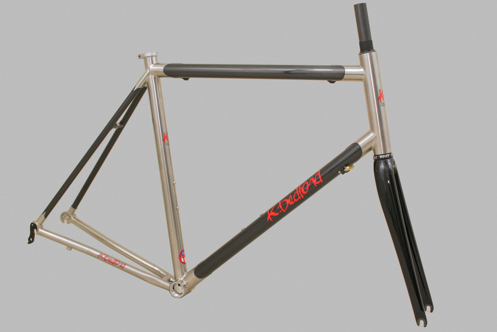 Titanium Carbon road in natural finish.