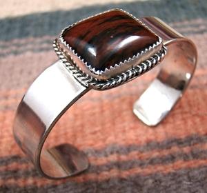 vintage-navajo-petrified-wood-bracelet-515K.jpg