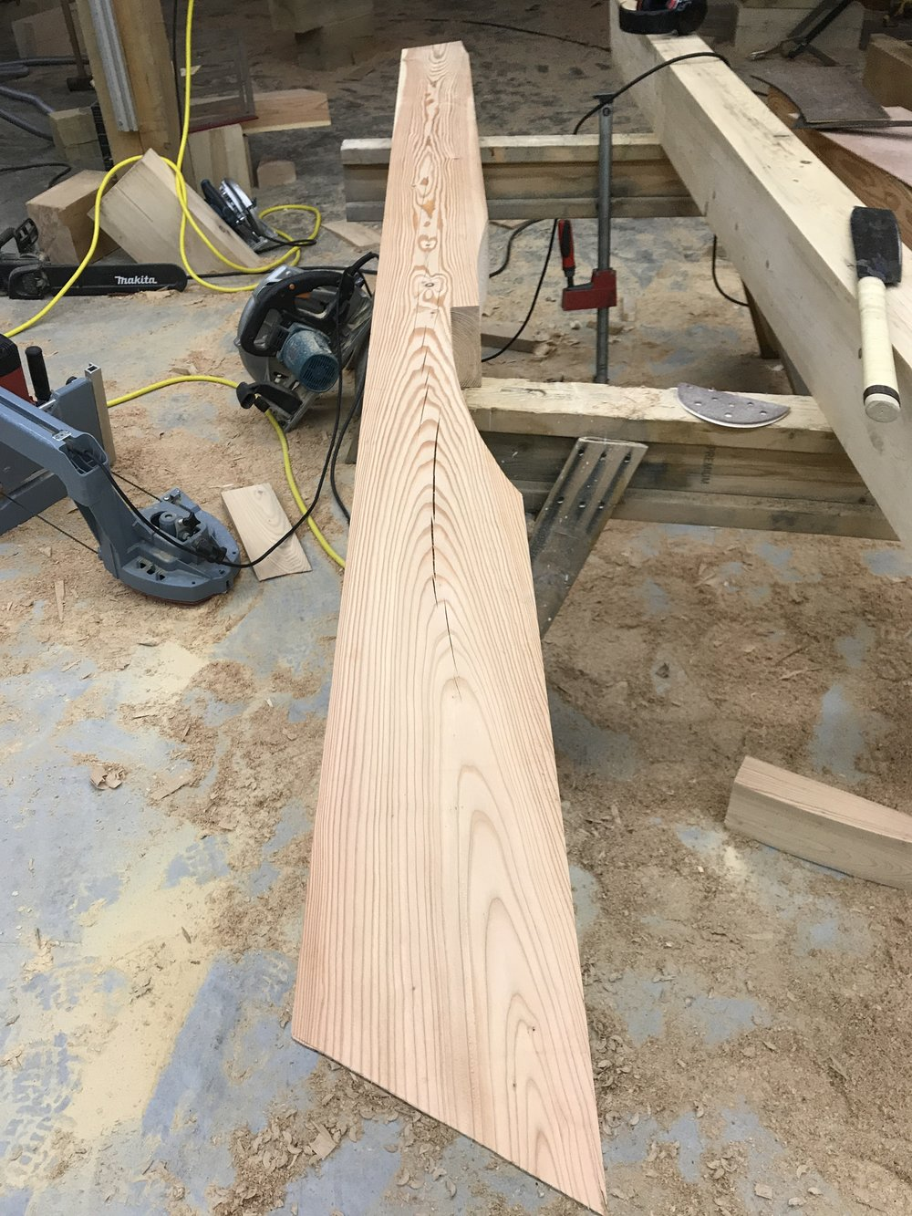 Timber frame jack rafter with step lap