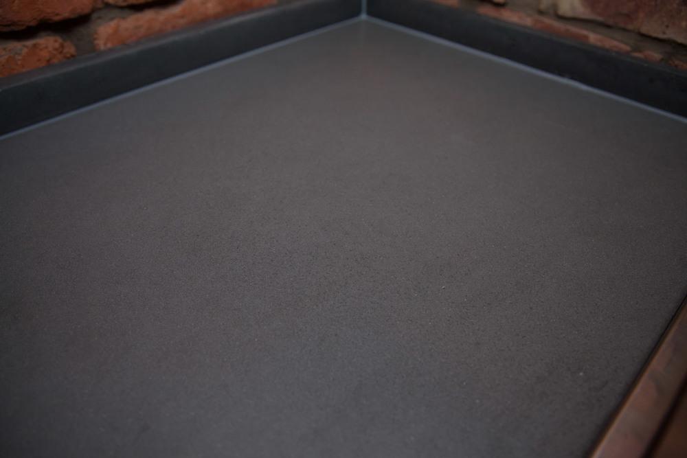 Plain corner of concrete worktop