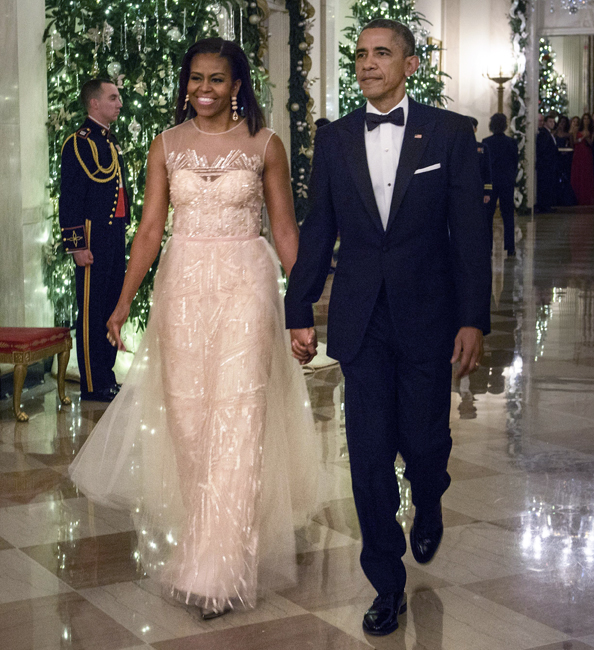 Michelle-Obama-2014-KenneyCenterHonors-BrendanSialowski-AFPGETTY-MoniqueLhuillier.jpg
