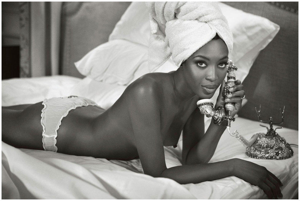 naomi-campbell-photo-patrick-demarchelier-vogue-2007-december-b.jpg