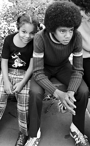 Young-Michael-and-Janet-Jackson.jpg