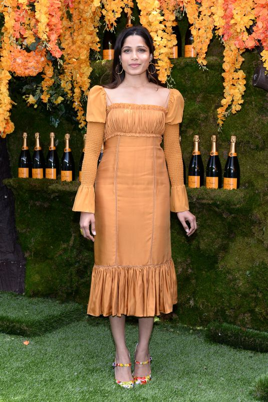 freida-pinto-at-11th-annual-veuve-clicquot-polo-classic-new-jersey-15_thumbnail.jpg