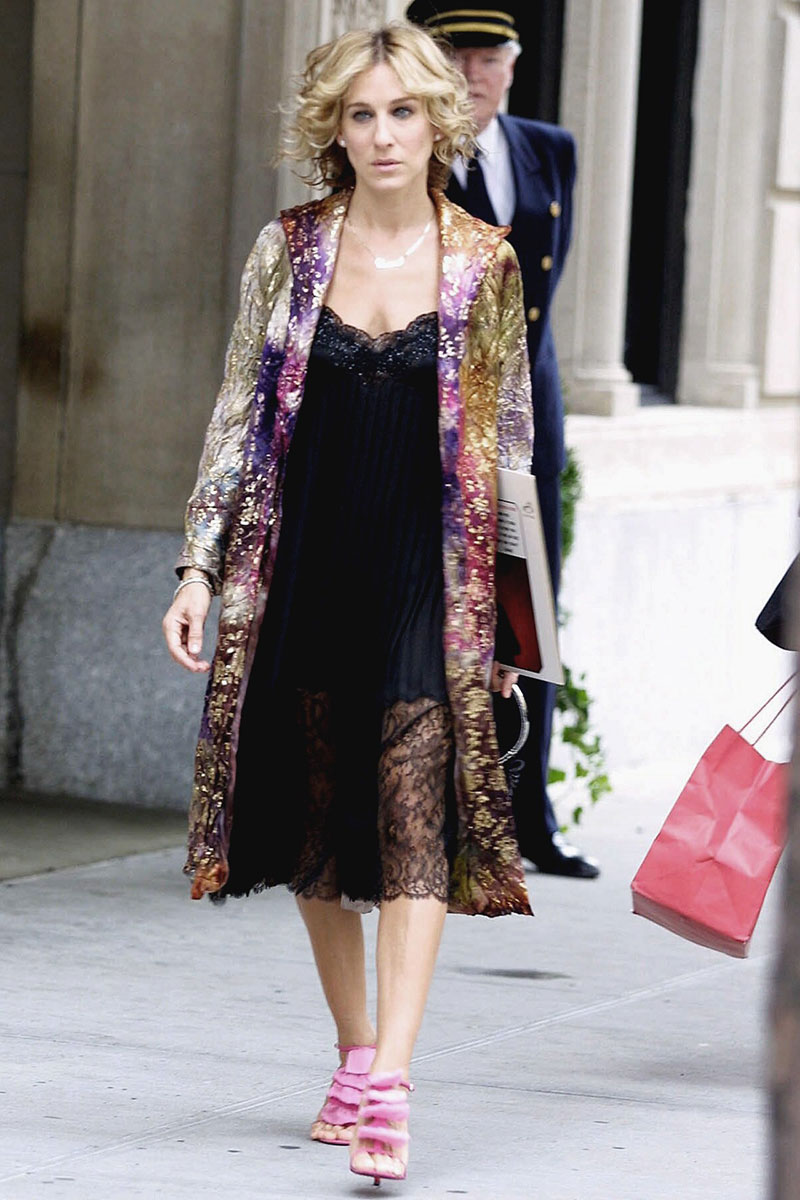 carrie-bradshaw-date-night-outfits-slip-dress-robe.jpg