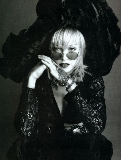 Madonna_by_Steven_Meisel_in_1992.jpg