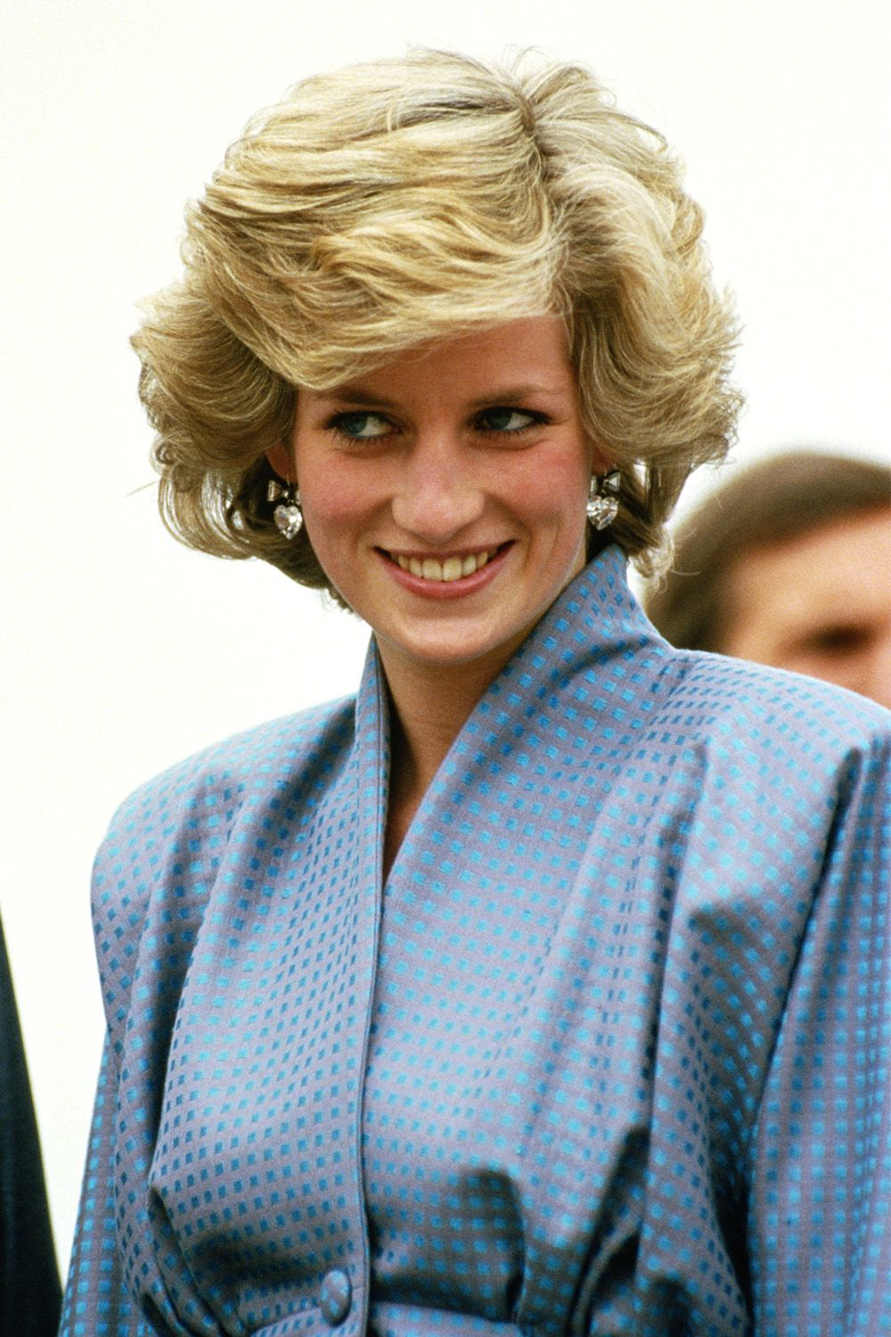 hbz-princess-diana-hair-1985-gettyimages-73802571-1502313843.jpg