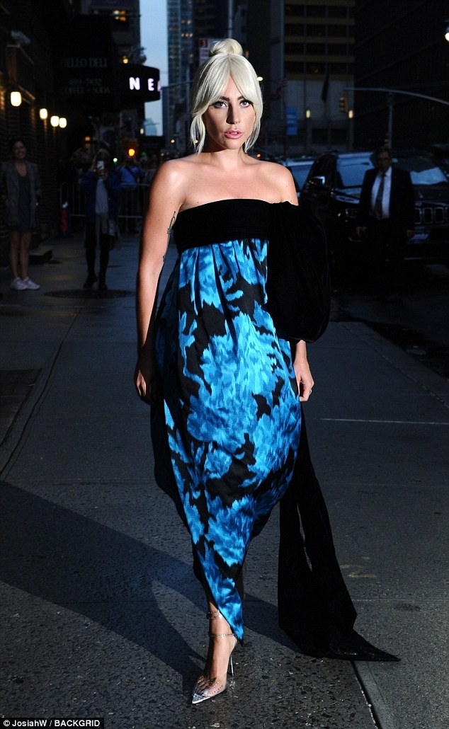 lady-gaga-oozes-with-style-as-she-continues-press-rounds-for-a-star-is-born-in-nyc.jpg