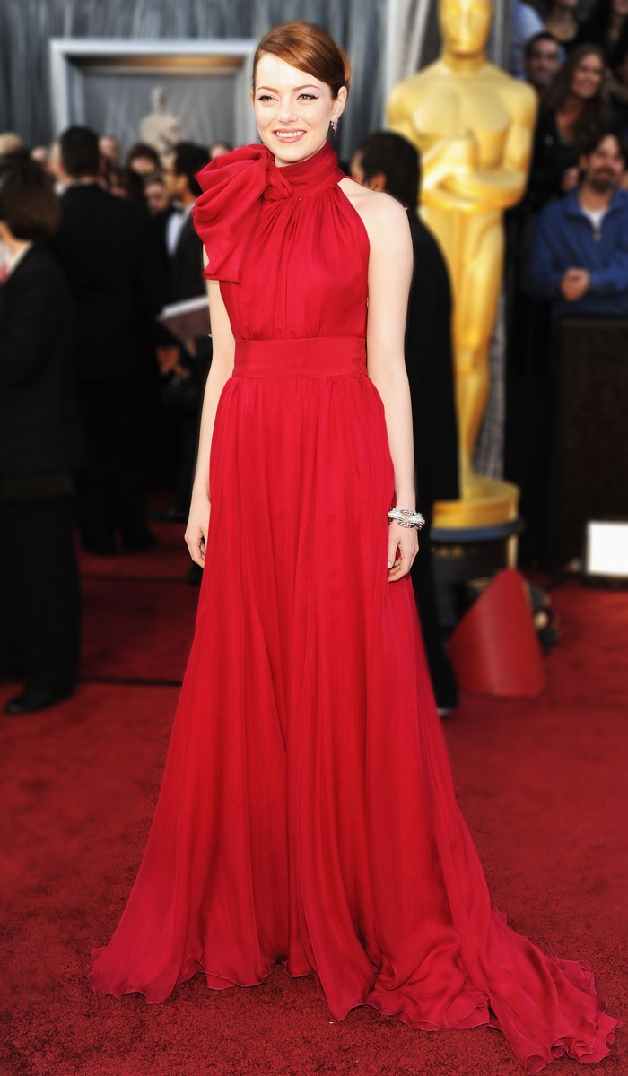 emma-stone-best-red-carpet-2012-02-26_13331075023.jpg