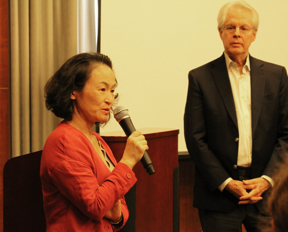 ICU President Junko Hibiya and JICUF Chair of Board Sam Shepherd at the information session