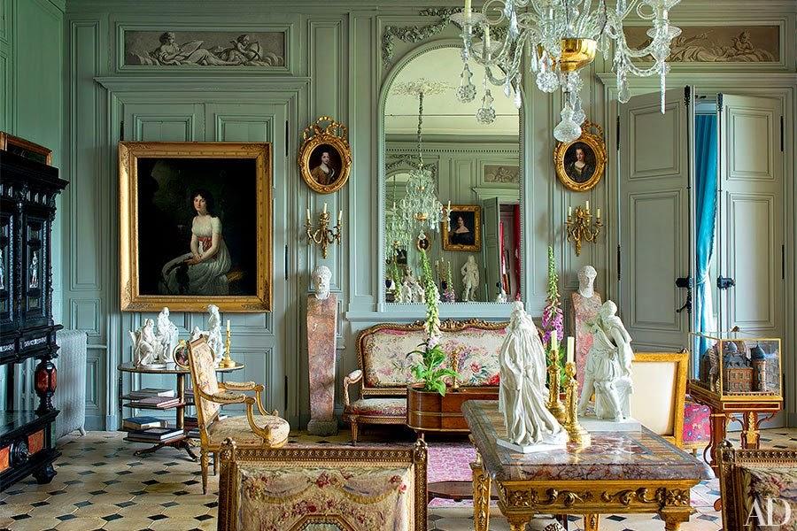 item2.rendition.slideshowHorizontal.remilleux-burgundy-chateau-03.jpg