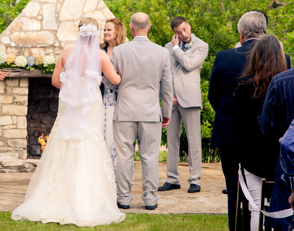 Pecan-Springs-Ranch-Wedding-Ceremony-Photographer-Alexandra-White