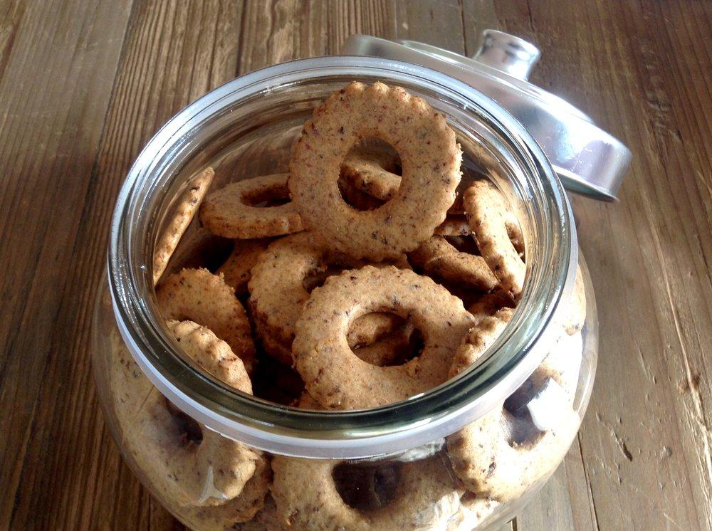 foto-biscotti-ciambelline-in-vaso.jpg