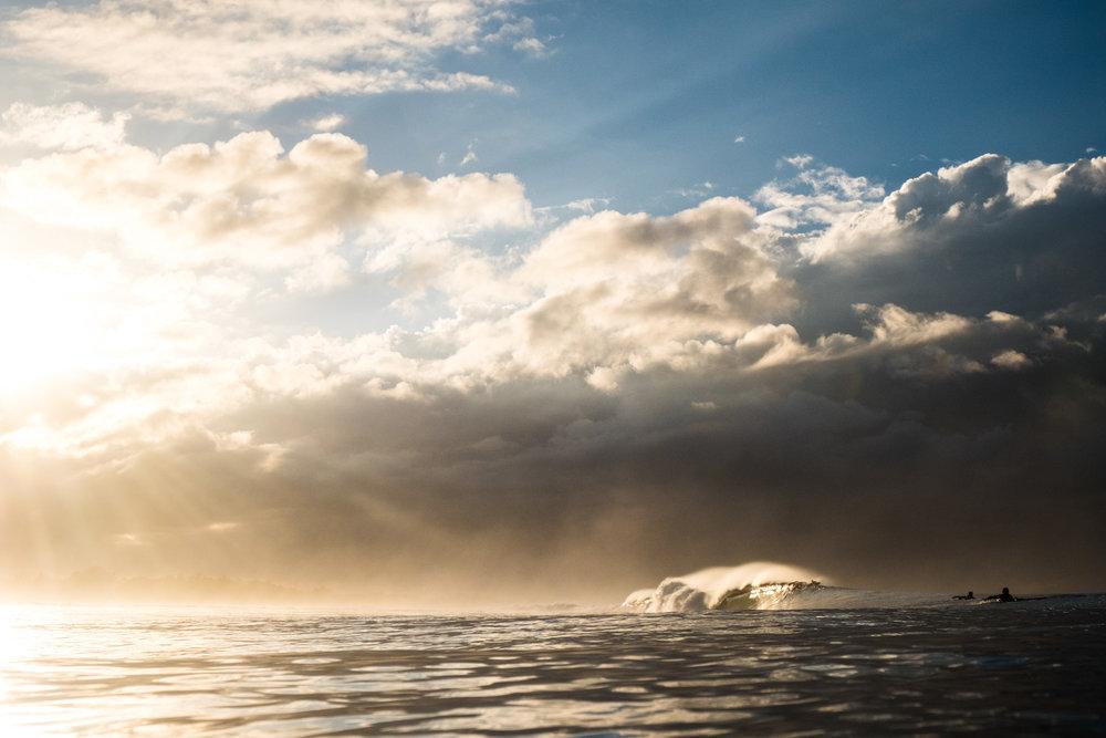 Pasteles al amanecer en playa Hermosa / Costa Rica  Fuji XT-2 / 18-55mm
