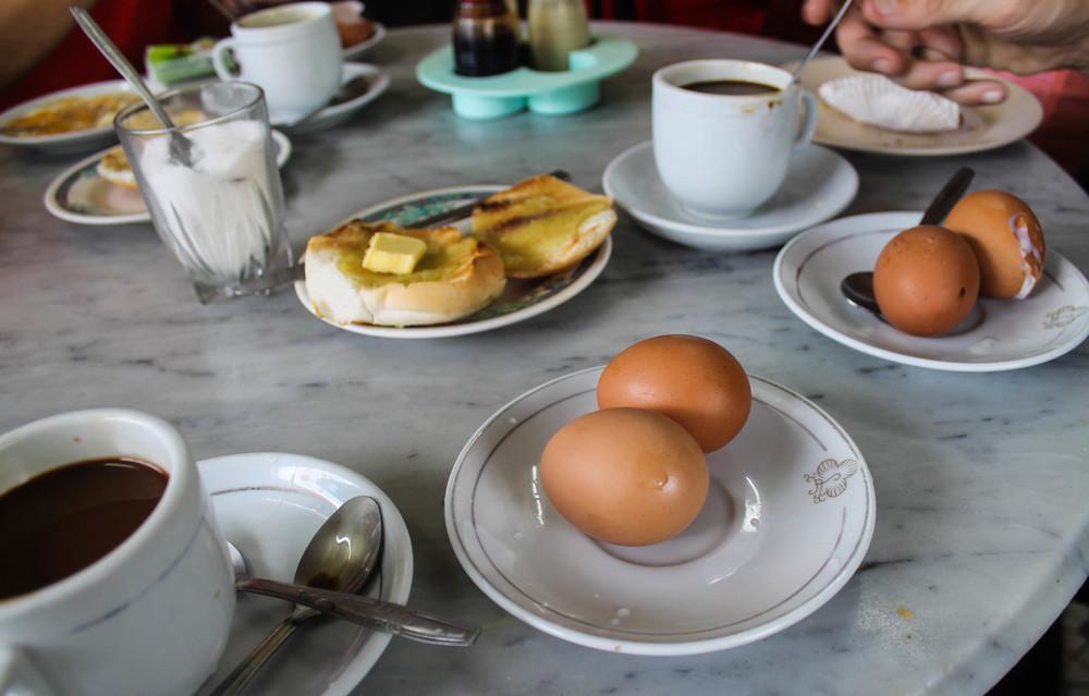 Singapore-breakfast