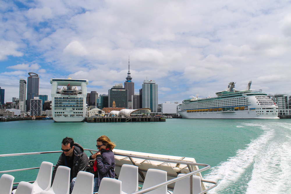 Auckland-Ferry