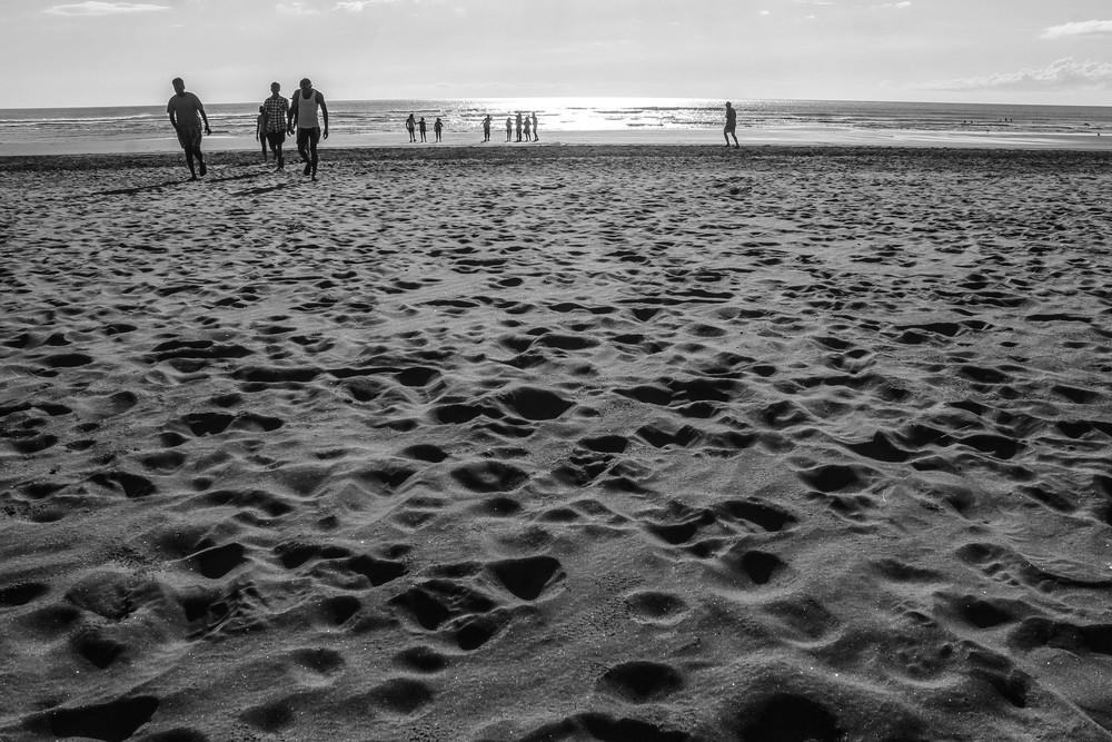 black-sand