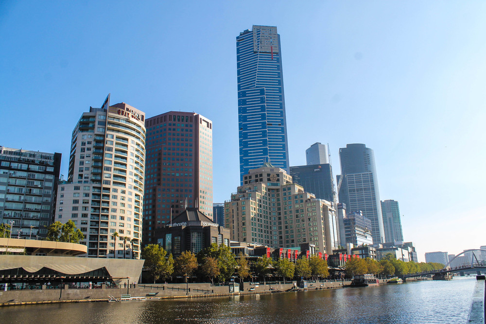 Views of the Yarra River.