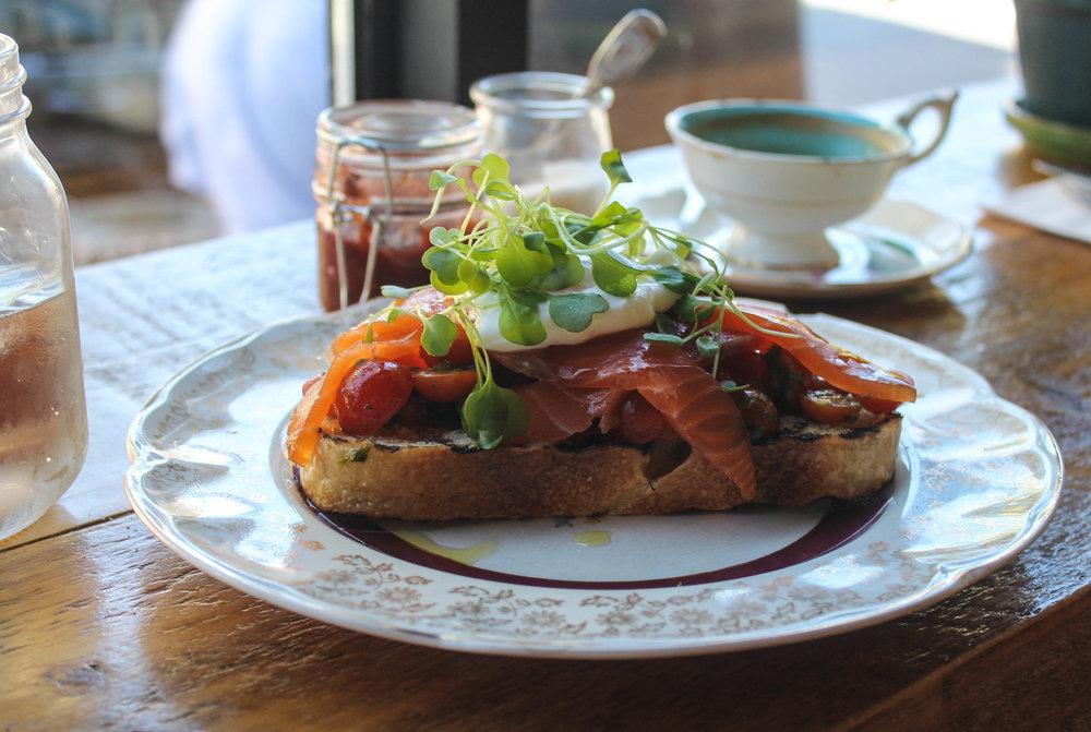 montreal-salmon-toast