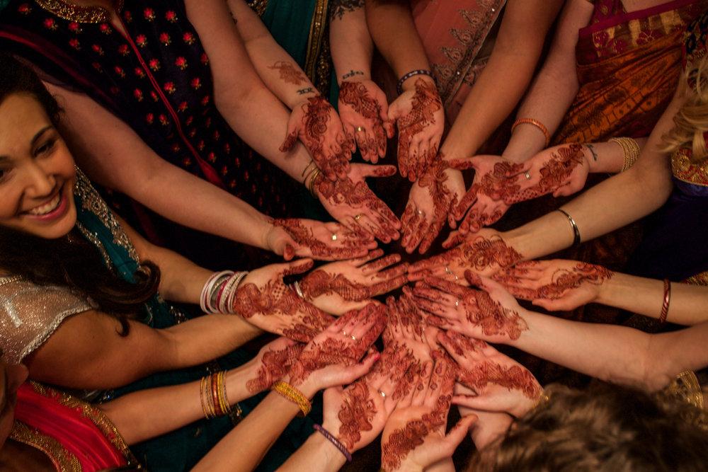 henna-hands.jpg