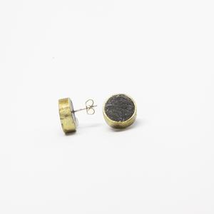 Plume's round black earrings