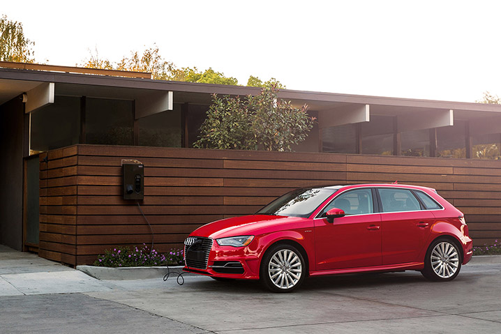2015-Audi-A3-e-tron-front-end-in-motion.jpg