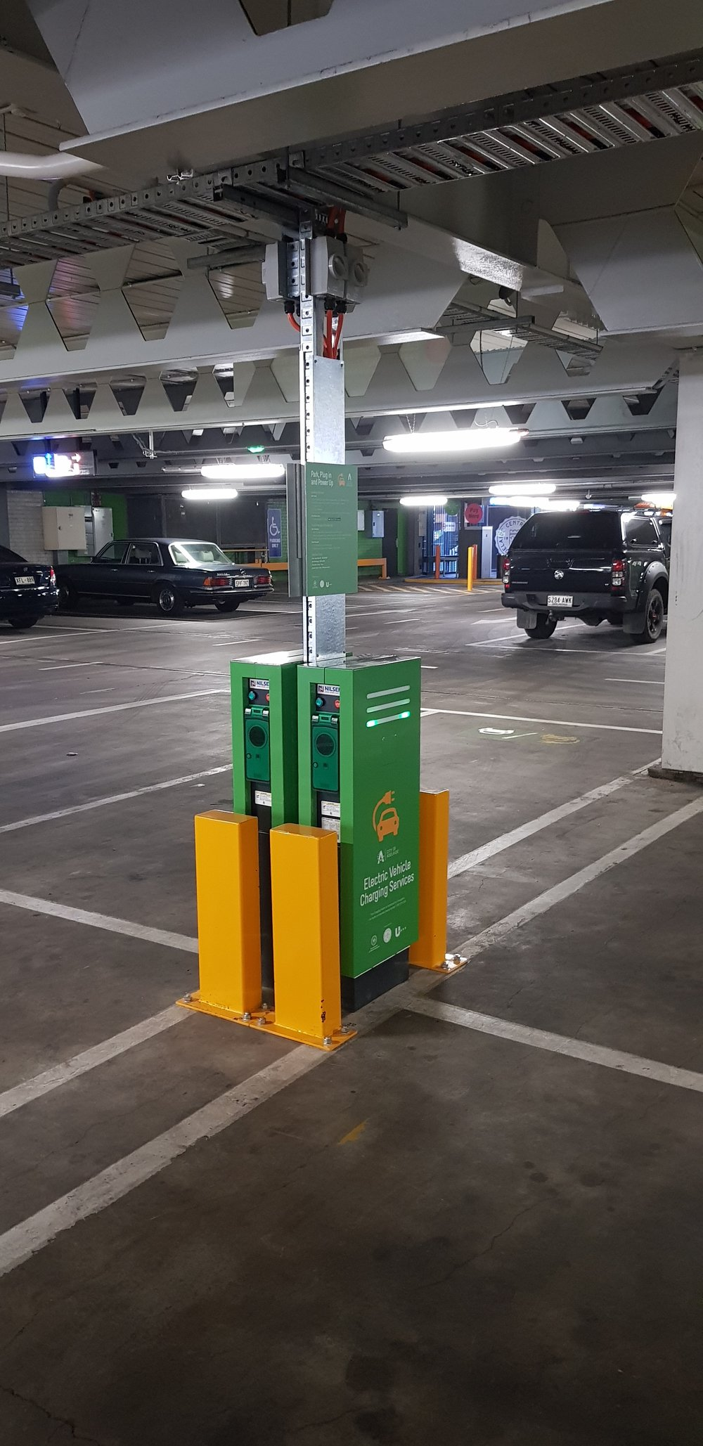 Schneider EVLink Parking