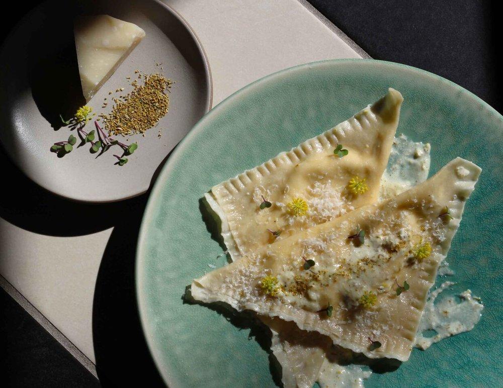 Ravioli with ricotta, fennel pollen and lemon recipe at threadandwhisk.com