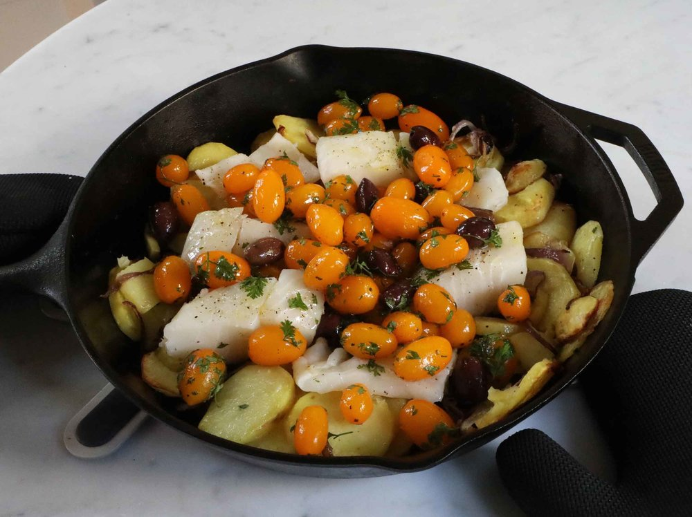Skillet fish and potatoes meal