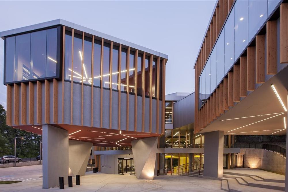 WHL Bellevue Public Library Exterior ImageR125254 (Medium).jpg