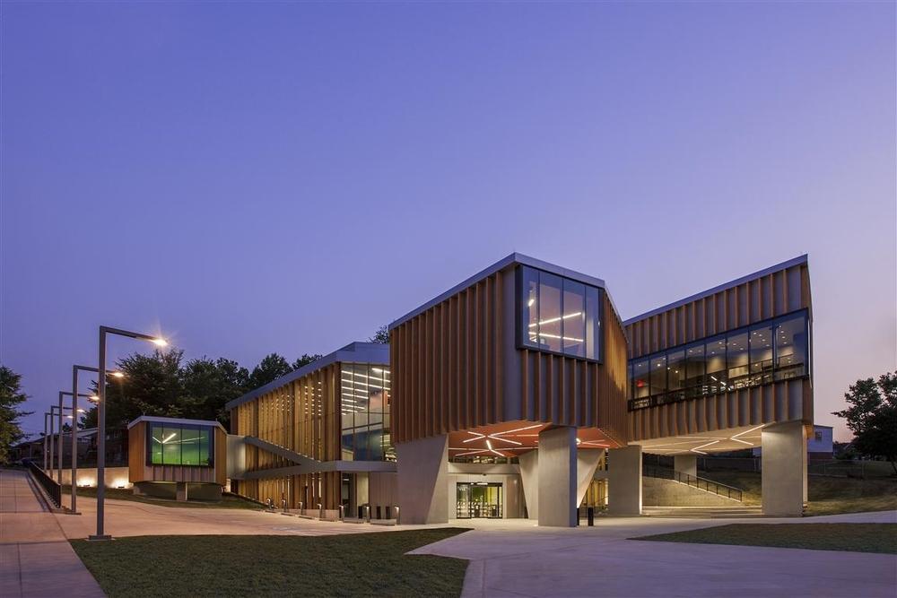 WHL Bellevue Public Library Exterior ImageR125300 (Medium).jpg